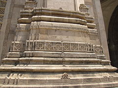 Gateway of India - 11 (Friar's Balsam Flickr).jpg