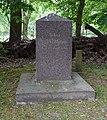 Gedenkstein Achaz von Veltheim.jpg