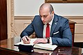 Georgian Prime Minister Bakhtadze Signs Secretary Pompeo's Guestbook (48044937447).jpg