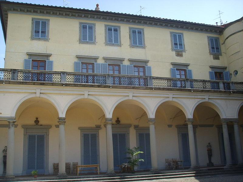 File giardino torrigiani palazzo 02 jpg wikipedia for Giardino torrigiani