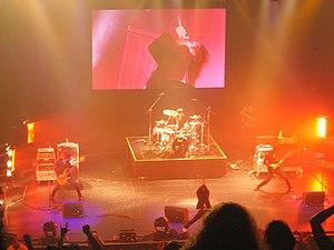 Girugamesh - Girugämesh performing in 2007
