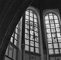 Glas in loodvenster in het bovendeel van het koor - Gouda - 20081856 - RCE.jpg