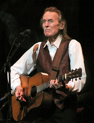 Gordon Lightfoot - Lightfoot performing at Interlochen, Michigan, in 2009