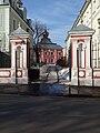 Gorokhovsky 1,3 gates Mar 2009 01.JPG