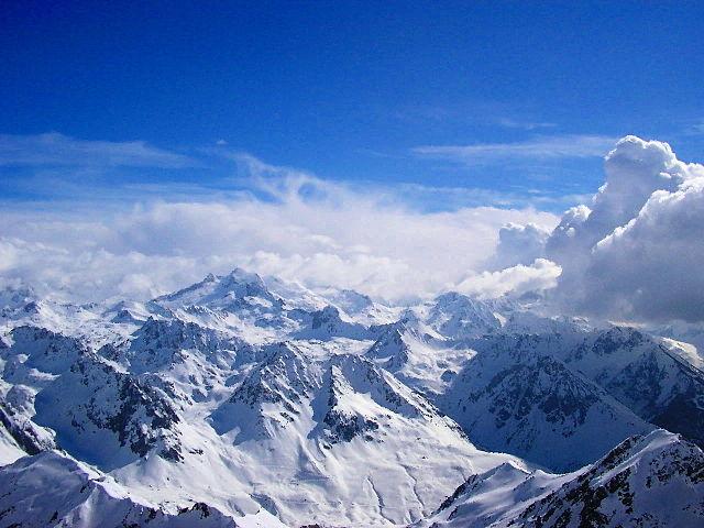 Экстремал из Российской Федерации умер воФранцузских Альпах