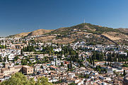 Grenade Sacromonte remparts depuis Alhambra Espagne.jpg