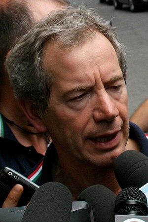 Italiano: Guido Bertolaso a Viareggio in segui...