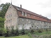 Gutsgebäude Ostramondra.JPG