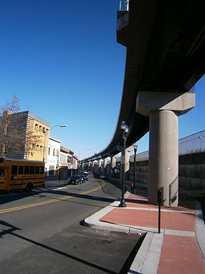 8th Street (HBLR station) - A single track viaduct was constructed to connect the station to the ROW.