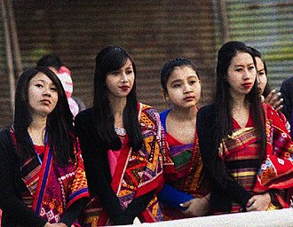 Argon (clothing) - Image: Hajong girls in traditional dress, Pathin and Argon