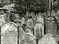 Hamburg Altona Jüdischer Friedhof 02.jpg