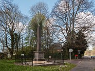 Heemstede, gedenksteen bij de Herenweg-Manpadslaan foto2 2014-04-13 15.45