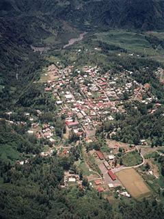 Hell-Bourg Human settlement