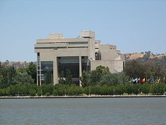 Politics of Australia - High Court building, view from the lake