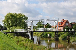 "Altes Land - The ""Hogendiekbrücke"" in Steinkirchen"