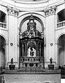 Hospice Sainte-Anne (ancien) ; Chapelle Sainte-Anne - Vue intérieure du choeur - Autel, gradin, tabernacle, exposition - Dijon - Médiathèque de l'architecture et du patrimoine - APMH00020755.jpg