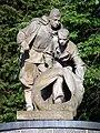 Hostivař, válečný památník u hřbitova, socha.jpg