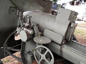 Canon de 155 C modèle 1917 Schneider - Image: Howitzer 155 mm mle 1917 Saumur img 2313
