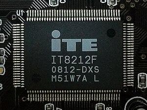 IT8212 - ITE IT8212F 0812-DXS