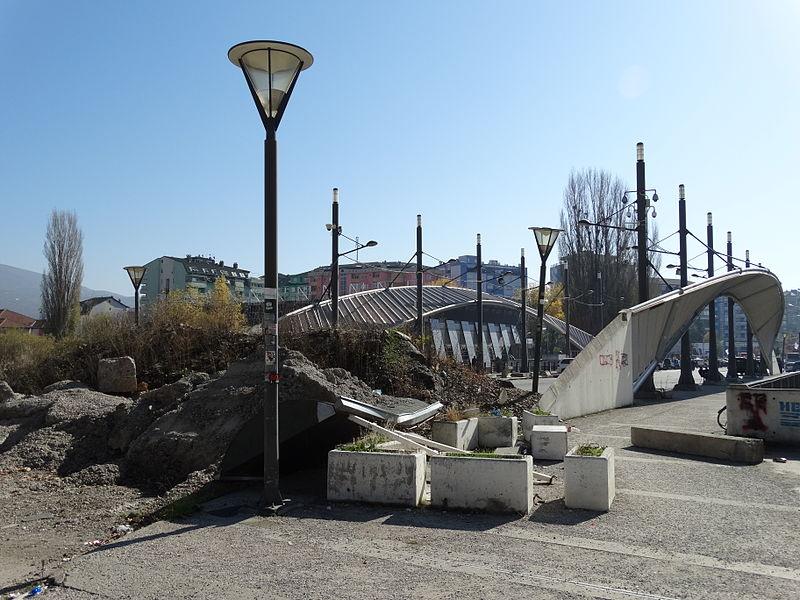 File:Ibar River Bridge Barricaded to Vehicle Traffic - Mitrovica (Serb Side) - Kosovo.jpg