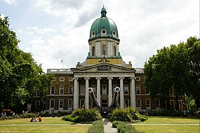 Imperial War Museum, London (geograph 4108048).jpg