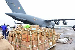 2016 Sri Lankan floods - An Indian Air Force Boeing C-17 transport aircraft that brought around 50 tonnes of relief material, at Katunayake Airport.