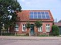 Inselhaus mit Photovoltaik-Anlage - panoramio.jpg
