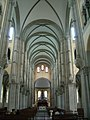 Inside She Shan Basilica 20050410.jpg