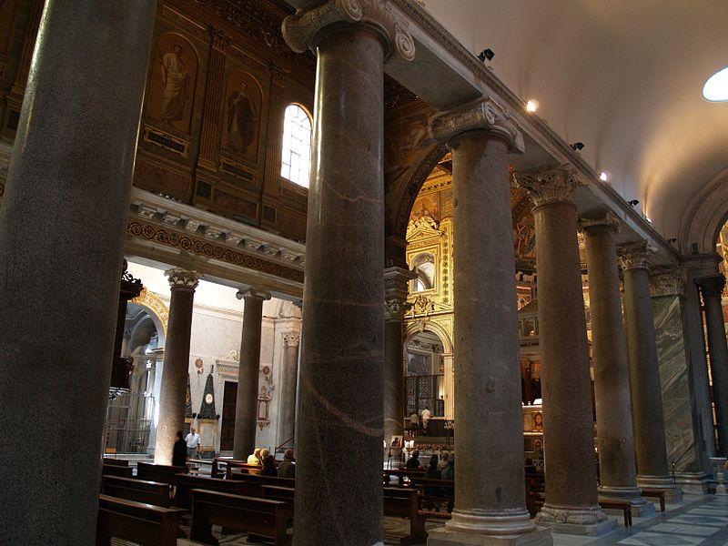 Interiör från Santa Maria i Trastevere.jpg