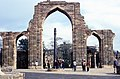 Iron pillar of Delhi img655 (33316725935).jpg