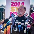 Jack Thompson speaks at the media.jpg