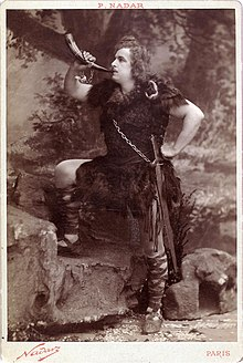 Jean de Reszke as Siegfried - Félix Nadar (MetOpera Database).jpg