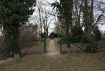 Jewish cemetery in Holice 02.JPG