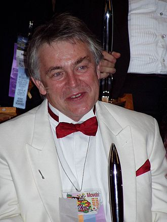 Jim Burns - Jim Burns with a Hugo Award at Worldcon 2005 in Glasgow