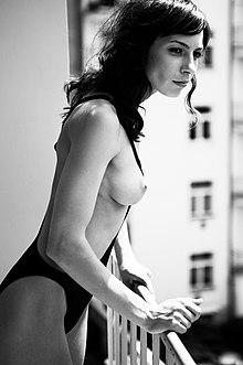 Nokini wikipedia bikini
