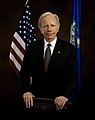 Joe Lieberman official portrait 2.jpg