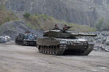 Leopard 2 and M88 Recovery Vehicle of the 14th Tank Battalion