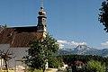 Kirche St. Agatha - Bad Goisern - Im Hintergrund der Krippenstein - panoramio.jpg