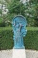 La Boisserie - parc - statue.jpg