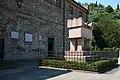 La tomba di Francesco Petrarca ad Arquà Petrarca (PD).jpg