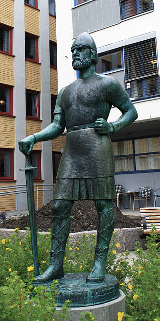 Earls of Lade - Ladejarlen  (1930) by sculptor Harald Samuelsen  (1881- 1953) Statue located in Trondheim