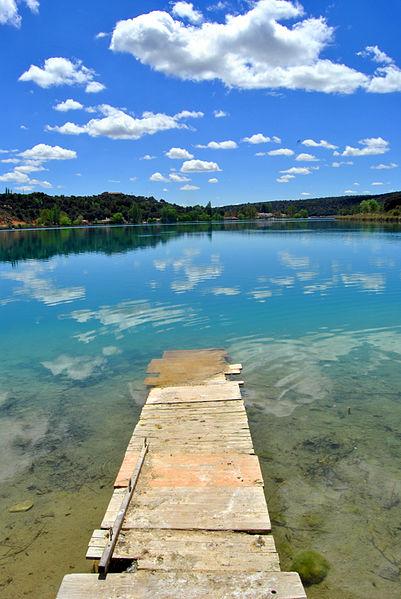 File:Lagunas de Ruidera, Almagro-01.JPG