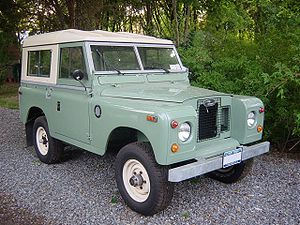Landrovers2a.jpg