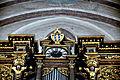 Landshut St Martin Orgelprospekt Uhr und Wappen 1.jpg