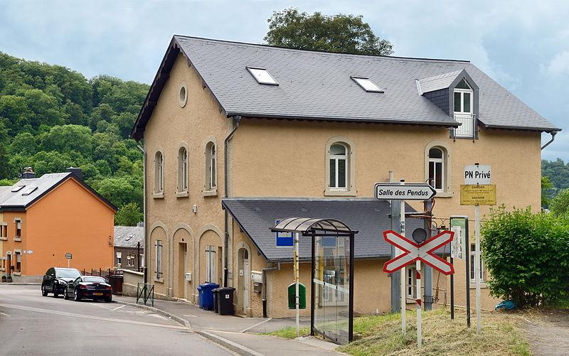 File lasauvage maison chemin de wikimedia commons for Maison moderne luxembourg wikipedia