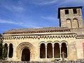 Lateral porticado de San Miguel (2510316015).jpg