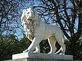 Lion par Jean-Baptiste Henraux, Paris 2011.jpg