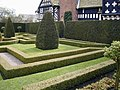 Little Moreton Hall garden - geograph.org.uk - 433633.jpg