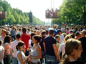 Berlin population statistics - Berliners at the  Tiergarten