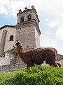 Llama on Road from Cuzco to Sacsayhuaman - Peru (3785394379).jpg